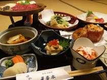 【夕食一例】和洋会席。信州ならではの山の幸や川の幸など自然の恵みがたっぷり!