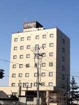 喜多方市内で一番高いビルがガーデンホテルです。