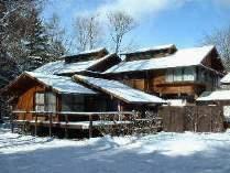 フォーレストの冬景色。軽井沢の冬は、スキー、スケート、温泉、ショッピングなど楽しみいっぱい。