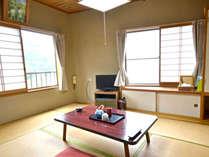 【客室一例】木のぬくもりを感じられる和室