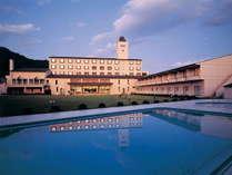仙台市街から車で約25分の本格リゾートホテル.