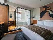スーペリアダブル(17.56平米)ベッド幅138cm