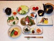 夏のある日の夕食(油はオリーブ&ひまわりブレンドを使用し、白砂糖・化学調味料は使用しておりません)