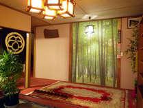館内(入口)新潟の新鮮な海の幸をお楽しみいただけます。