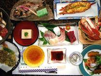 ご夕食一例(海鮮料理)新鮮な海の幸を満喫できる、ボリュームのあるご夕食。