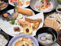 *【夕食一例:スタンダード2食】地元産の新鮮な山・海・川の幸を使った料理をご用意致します。