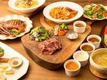 夕食:オリジナルシチュードステーキコース(一例)