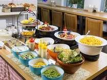 朝食は7:00~10:00にてご用意致しております。