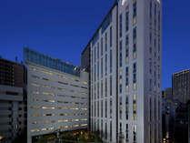 夜の新宿グランベルホテル