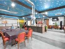 当館2Fの開放的なレストランでお食事をどうぞ