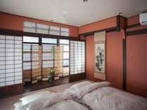 寝室として使える2階の和室