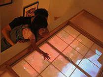階段部分でプロジェクションマッピングをたのしむ