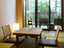 【お部屋】落ち着いてお過ごしいただける、畳敷きの客室。
