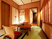【客室】温泉露天風呂付き和洋室A(3名定員)36平米一例 落ち着きのあるゆったりとした空間