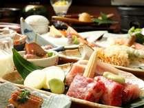 【夕食】月替りの夕食は旬の食材を使用しております。※一例