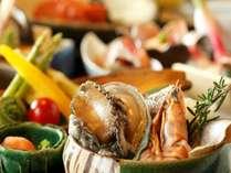 【ご夕食】蝦夷あわび等 海鮮の鉄板焼き(一例)