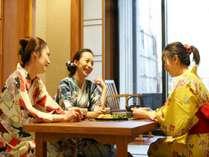 【客室】ご家族・ご友人とごゆるりとお寛ぎください。