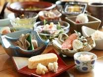 【朝食】和膳(一例)
