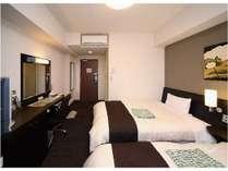 当ホテル自慢のコンフォートツインルームです!かゆい所に手が届く快適性が自慢です!