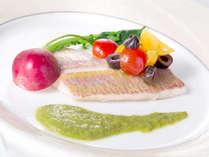 【本日の近海産魚料理】※名物コース「マーレ」で食べられます!