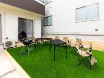 お庭ではBBQを行うことが可能となります。