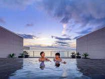 別府湾一望のオーシャンビュー展望露天風呂♪海と見ながら温泉を楽しめます♪