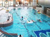 【屋内温水プール】親子で水遊び