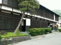 信州下諏訪温泉。源泉かけ流し、江戸時代の歴史が息づく宿。
