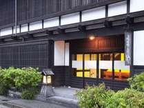 *信州下諏訪温泉源泉かけ流し、江戸時代の歴史が息づく宿。