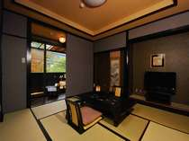 静かなお部屋の露天風呂で温泉が愉しめる至福のひと時