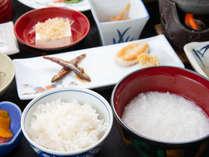 *【朝食一例】白米とおかゆどちらもお召し上がり頂けます。