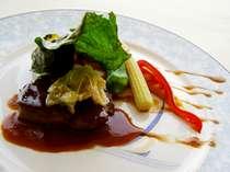 ブリーズベイホテル自慢の「ザ・フランス」ディナー!メインを彩る牛フィレ肉