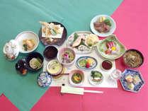 *【食事例】スタンダードコース。海山の味覚を楽しめるお食事です。