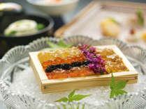 ■万里荘‐碧瑠璃■鳴門の海をくぐり抜けた「銀鱗たち」の、鮮が光る瑞々しい味をご賞味あれ