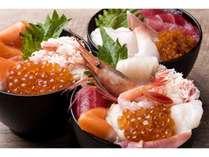 お好みの海鮮をのせてオリジナル海鮮丼