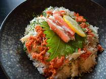 【はれや越前蟹ミニ会席】ガッツリごはん系蟹グルメ!特製はれや丼&蟹鍋にまるごとゆで蟹もつく♪