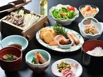 新鮮地元野菜が美味しい!和朝食です。