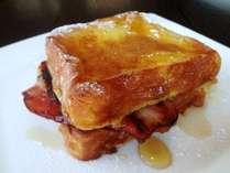 【朝食】フレンチトースト外はカリツ!中はプリンのような口どけ♪