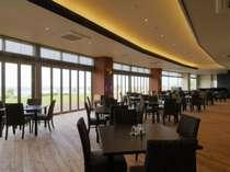 シンリ浜を望むレストラン