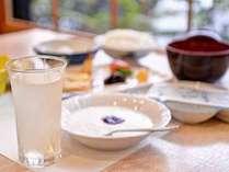 *ご朝食一例/家庭的な温もりを感じる朝ごはん。
