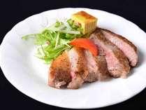 黒豚鍋+豊後牛ミニステーキ★由布院の食・湯・満喫★