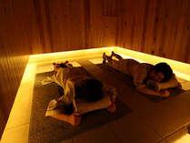 最上階7回には貸切岩盤浴がございます。湯田中・渋温泉郷では当館だけの施設です。ぜひご利用下さいませ。
