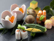 【前菜】季節を想わせる食材が5~6品ほど並びます。