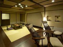 琉球畳を利用し、和洋を織り交ぜた開放的なお部屋です。