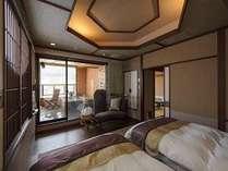 客室露天風呂またはベッドルームからは北信五岳をご覧いただけます。