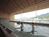大浴場はクレンジング・保湿効果の高い美肌の湯。