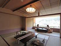 広々とした和室で贅沢なひとときを。