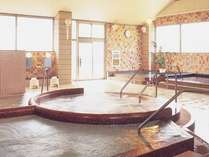 広々とした大浴場が入り放題。~23:30、朝風呂6:00~8:00