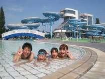 2018年の屋外プール全面オープンは6/30(土)~8/31(金)まで★北海道の夏を楽しもう!