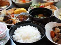 【和洋朝食バイキング】和食スタイル例。朝食をしっかり食べて1日を元気にスタート!